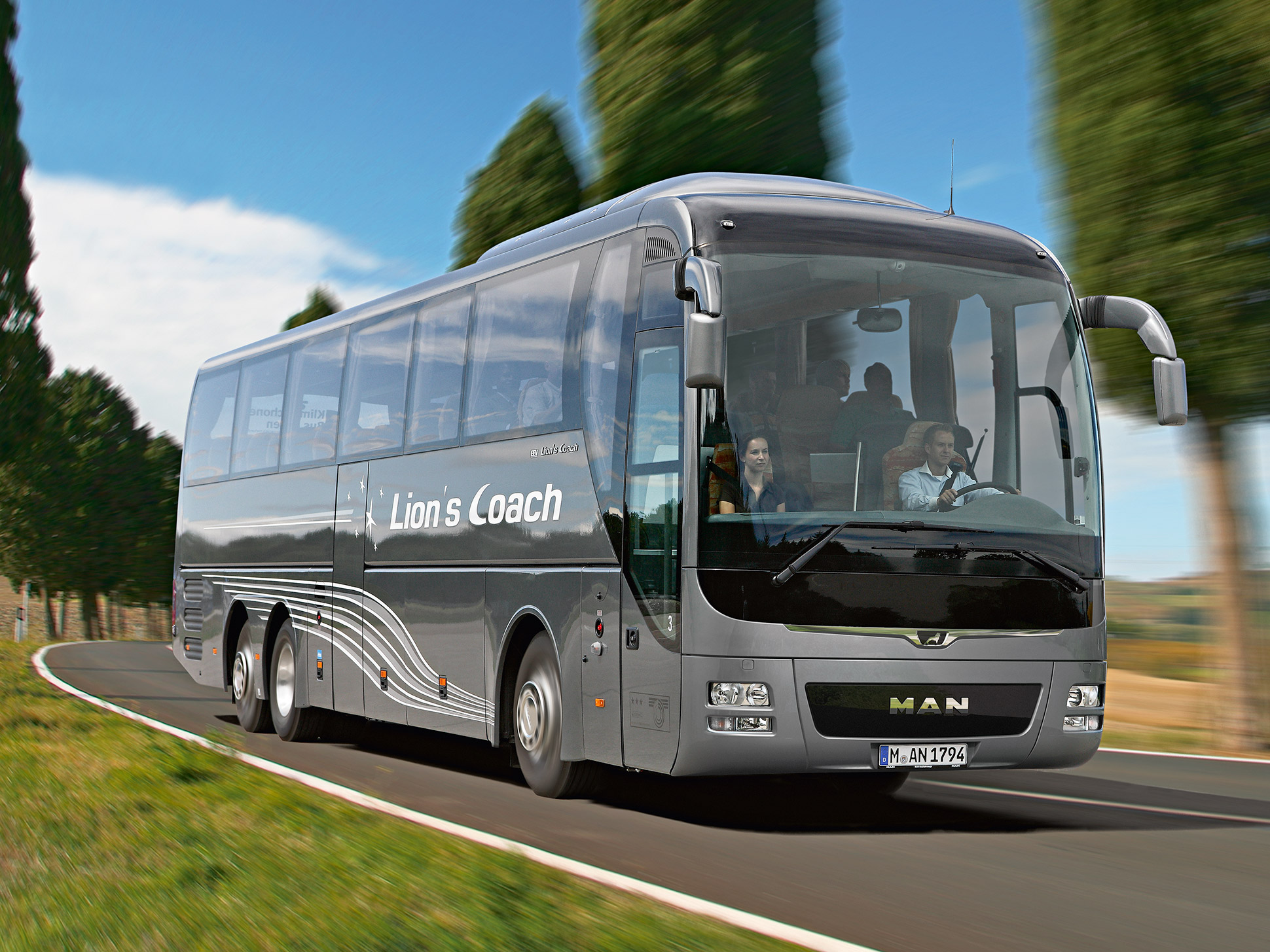 the coach with charm man lion 39 s coach man bus germany. Black Bedroom Furniture Sets. Home Design Ideas